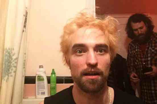 Robert Pattinson sorprende con radical cambio de look